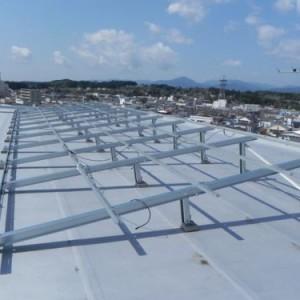 太陽光発電マンション屋上の設置例