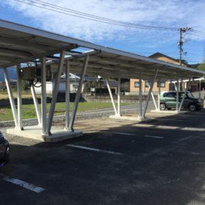 15台用太陽光付きカーポート